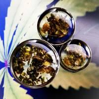 Plug, Hanfblüte,  Unkraut Plugs, Cannabis Schmuck, Geschenke für Stoner, 420, handmade Bild 1