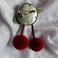 KIRSCHE Brosche Button Anstecker Pin Filz Pompon Geschenk Dekoration Bild 2