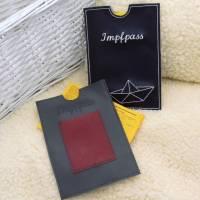 Impfpasshülle aus Kunstleder in grau/rot oder dunkelblau für Männer/Frauen mit und ohne Kartenfach Geschenk Muttertag  Bild 3