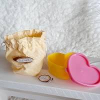 Geschenkset zur Geburt- Baby Sneaker und Schnuller Beutel Bild 5