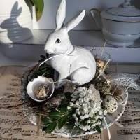 Traumhaftes Ostergesteck mit Hase Deko Bild 1