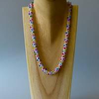 Perlenkette gehäkelt, transparent + bunt, 44 cm, Halskette, Häkelkette, Perlenkette, Glasperlenkette, Magnetverschluss Bild 2