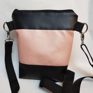 Kleine Handtasche  Yoga Mandala Umhängetasche  rosa  schwarz Tasche mit Anhänger Kunstleder Bild 4