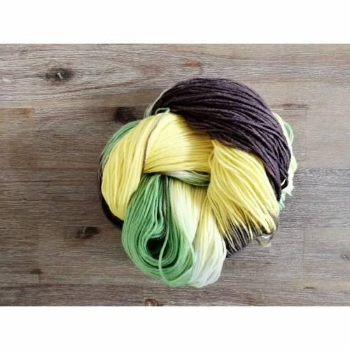 "Handgefärbte Sockenwolle ""Sonnenblume"""