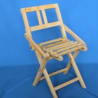 alter Klappstuhl aus Holz für Kinder Bild 2