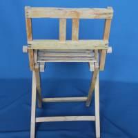 alter Klappstuhl aus Holz für Kinder Bild 4