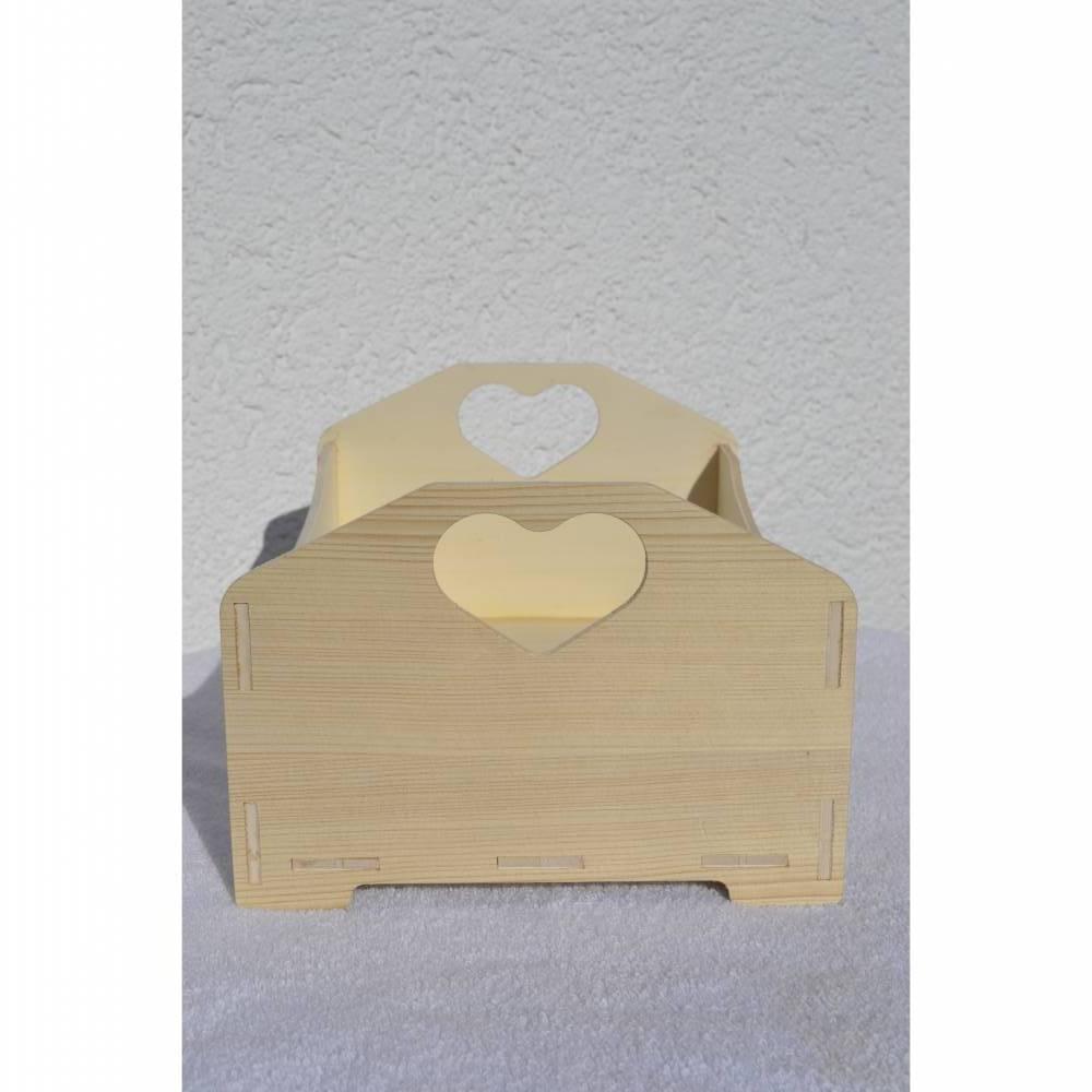 Holzkiste mit Herz Kiste Dekokiste Holzbox Deko Utensilo braun natur unlackiert  Bild 1
