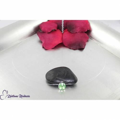 fliegender Stein peridot, transparente Kette hellgrün - Der Klassiker - Nylonkette mit grünem fliegenden Stein