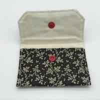 Einfacher Geldbeutel, Kartentasche, Tampontasche, anthrazit-rot-creme mit Druckknopf Bild 2