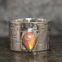 Breiter Opalring / Silberring mit Edel Opal - Geschmiedeter Ring - Handgefertigt aus eigener Goldschmiede Bild 1