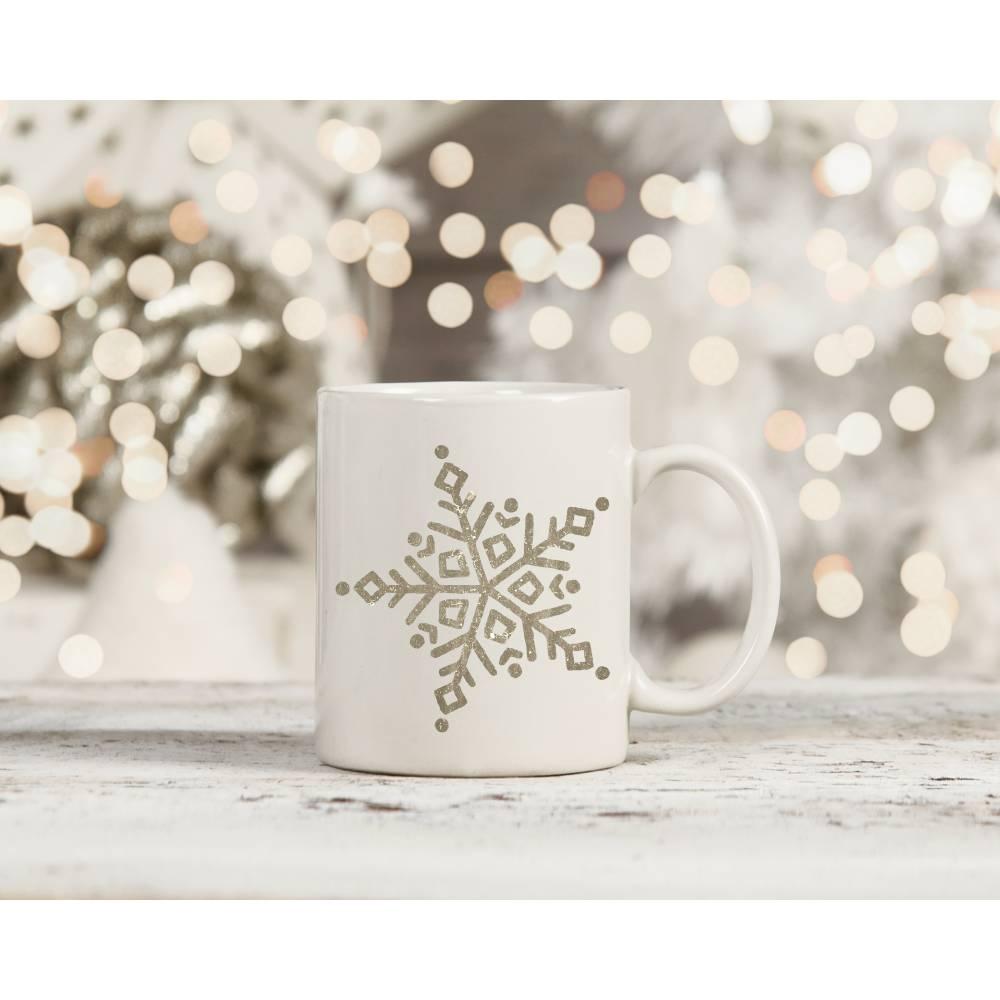 Freebie für den Plotter . Schneeflocke zum Verzieren von Kleidung und Dekoration . #JanuarWinterzauber Bild 1