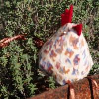 Huhn, Dekohuhn, Osterhuhn beige braun gescheckt Bild 5