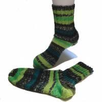 handgestrickte Socken, Größe 40 / 41, 4fach Sockenwolle, grün,  Bild 3
