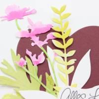 Karte zum Muttertag, Grußkarte, Muttertagskarte mit Herz und Blüten Bild 2