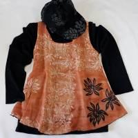 Oberteil, Hängerchen für Damen, gebatikt und bemalt, Gr. M, aus hell-orangefarbenem Leinen-Viskosegewebe Bild 1