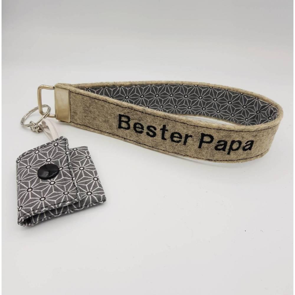 Personalisiertes Geschenk Vatertag, Mann Filz Schlüsselanhänger personalisiert, Vatertagsgeschenk, Geburtstagsgeschenk Bild 1