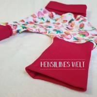 Klumpfüße - Hosen, die passen, mit extrabreitem Bündchen - Design: farbenfrohe Erdbeeren Bild 3