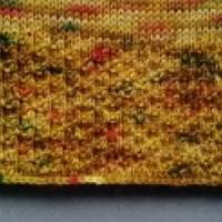 Gestrickter Pullunder aus handgefärbter Sockenwolle Bild 6