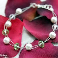 Brautschmuck - Die Schöne, Brautarmband mit kristallklaren Perlen sowie weiße o.  cremefarbene Perlen Bild 3
