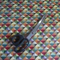 9,80 EUR/m Stoff - Baumwolle retro / kleine Dreiecke bunt Bild 4