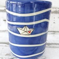 Utensilo, Vase, Kochlöffelbehälter , Papierboot Design, Keramik handbemalt Bild 2