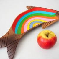 Regenbogenforelle, Holzschale bemalt, Teakholzschale, 60s, Sixties, Upcycling, Regenbogen, Teak Bild 4