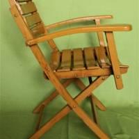 Klappstuhl A mit Armlehnen und beweglicher Rückenlehne Vintage Bild 1