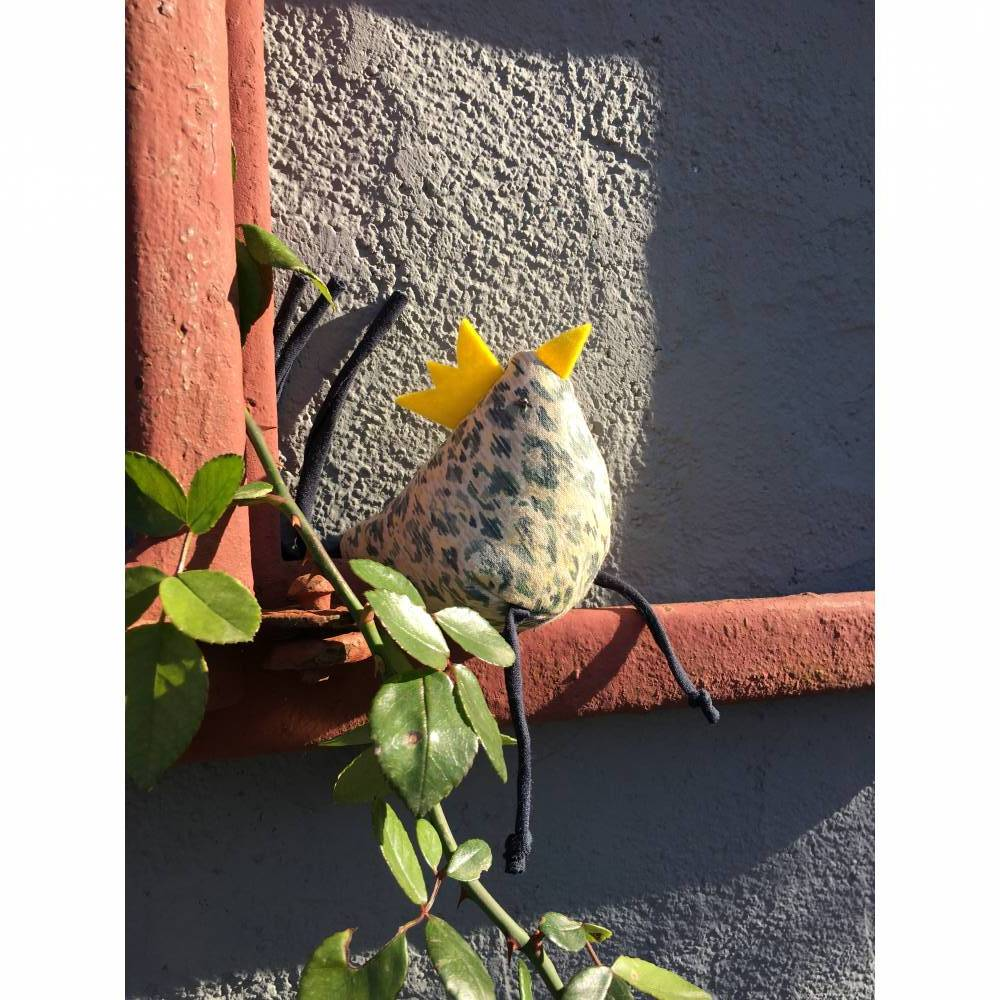 Huhn, Dekohuhn, Osterhuhn gelb blau gemustert Bild 1