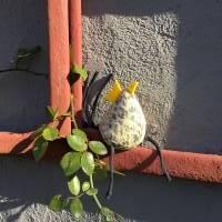 Huhn, Dekohuhn, Osterhuhn gelb blau gemustert Bild 4