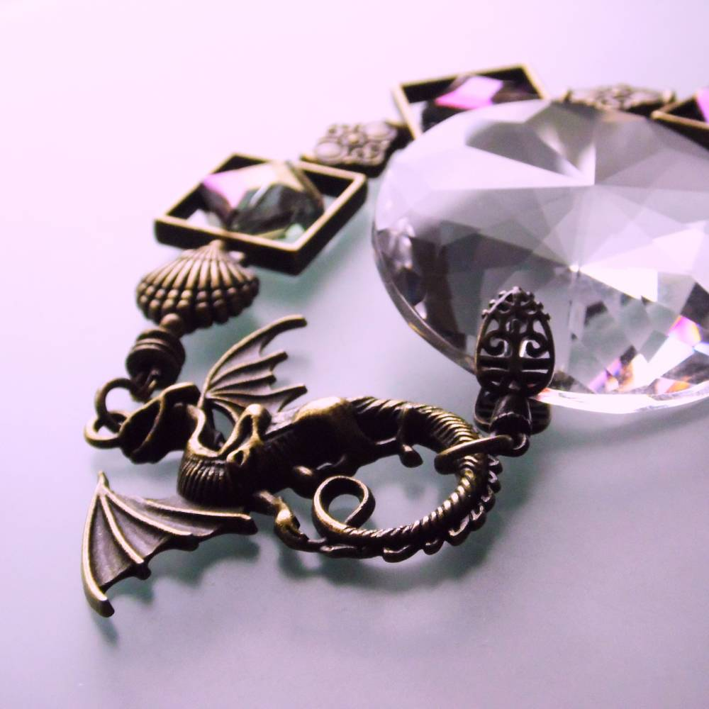 Drachen Fensterschmuck mit Regenbogen Kristall und bronze Ornamenten Bild 1