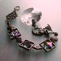 Drachen Fensterschmuck mit Regenbogen Kristall und bronze Ornamenten Bild 5