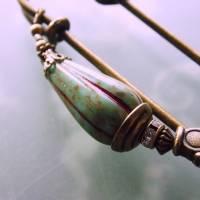 Tuchnadel im Boho Chic - sehr große Bronze Schmucknadel mit böhmischen Glasperlen in Türkis Bild 4
