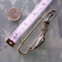 Tuchnadel im Boho Chic - sehr große Bronze Schmucknadel mit böhmischen Glasperlen in Türkis Bild 5