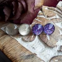 Ohrstecker 2 Paare Glitzer silber und lila Cabochon 925er Sterling Silber Geschenk zur Kommunion Konfirmation Firmung Bild 1