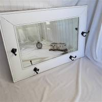 Wunderschöner weißer Spiegel mit Charme Shabby Bild 3