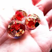 Plug,  Blüte,Stein und Goldfolie, Harz, handmade,Piercing ,Ohrpiercing , 1 Stück Bild 1