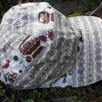 die Sommerkappe für alle NÄHFANS! Basecap aus Baumwollstoff mit Muster rund ums Nähen, gefüttert mit weichem Jersey Bild 1