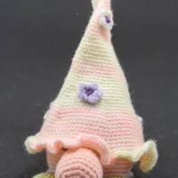 Süßer kleiner Blumentroll Lory, Zwerg, Troll, gehäkelt Bild 2