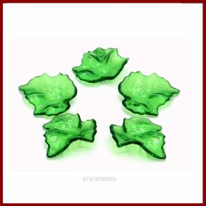 20 Anhänger Charms Ahorn- Blätter grün transparent  glänzend 24mm  Acryl Bild 1