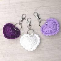Schlüsselanhänger Herz gehäkelt Valentinstag, Geburtstag oder als Gastgeschenk Bild 6