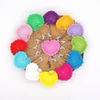 Schlüsselanhänger Herz gehäkelt Valentinstag, Geburtstag oder als Gastgeschenk Bild 2