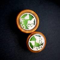 Holu-Plug, Welt, nachtleuchtend, Harz und Edelstahl, Farbauswahl, handmade Bild 4