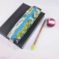 Mäppchen, Stifthalterung, Lesezeichen mit Brillenaufbewahrung mit Gummiband zur Befestigung an Notizbuch, Kalender Bild 1