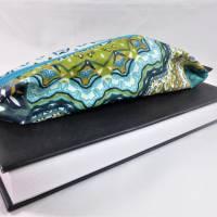 Mäppchen, Stifthalterung, Lesezeichen mit Brillenaufbewahrung mit Gummiband zur Befestigung an Notizbuch, Kalender Bild 3
