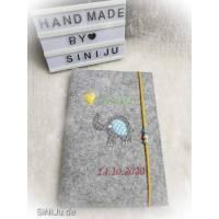 Elefantenliebe , personalisierte U-Heft-Hülle aus Wollfilz  | Schutzhülle mit Namen | Geschenk zur Geburt  Bild 4