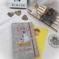 Elefantenliebe , personalisierte U-Heft-Hülle aus Wollfilz  | Schutzhülle mit Namen | Geschenk zur Geburt  Bild 5