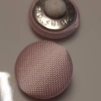 Knopf hellrosa mit Stoff bezogen  18 mm Bild 1