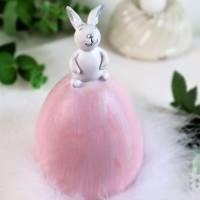 Osterdeko Osterhase auf Ei, groß rosa weiß, Floristikdeko Bild 1