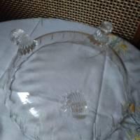 Große elegante Glasschüssel auf drei Füßen Bild 2