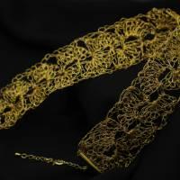 Goldspitze - Choker in gold - gehäkelt im Muschelmuster aus 24ct vergoldetem Draht - bcd manufaktur Bild 5